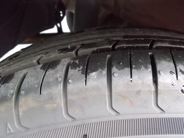 タイヤ残り溝:5分