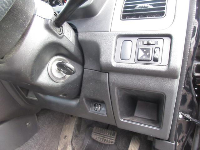XR 4WD AT キーレス CD 社外アルミホイール(16枚目)