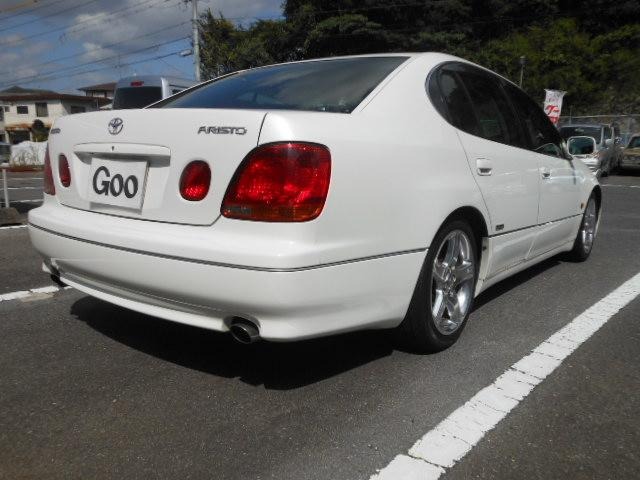 V300 生誕10周年記念特別仕様車(9枚目)