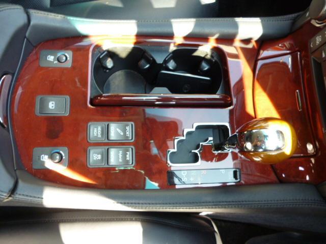 レクサス LS LS600h バージョンS Iパッケージ ハイブリット