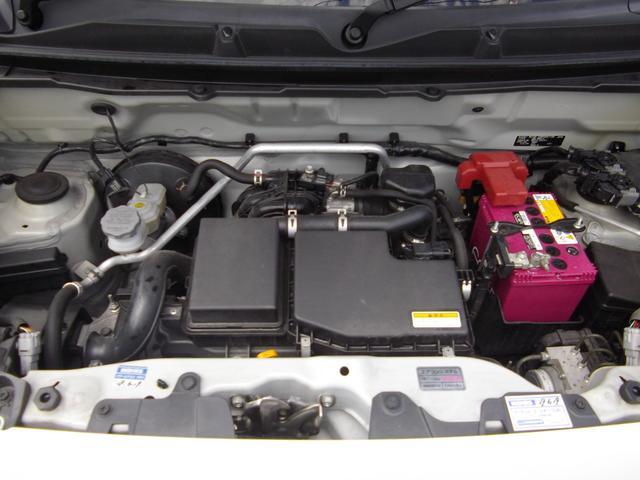 低速より力強く加速してくれるR06A型エンジン。アイドリングストップ、エネチャージも装備。