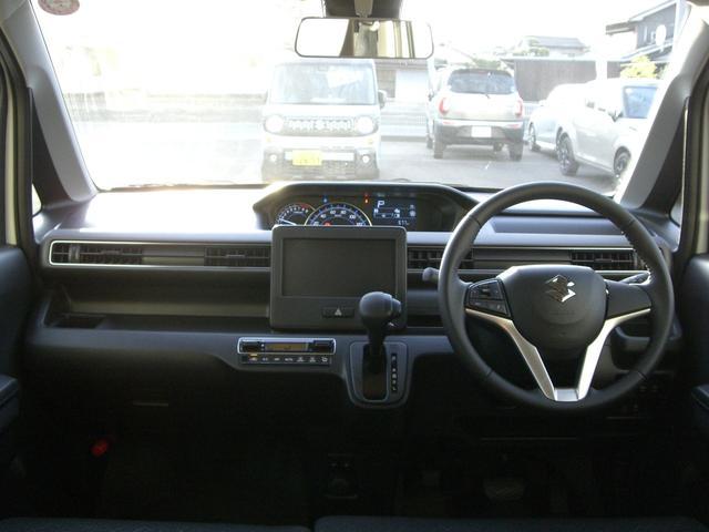 フロントガラスが大きく、運転しやすい印象ですのでより安全に乗っていただけますよ!