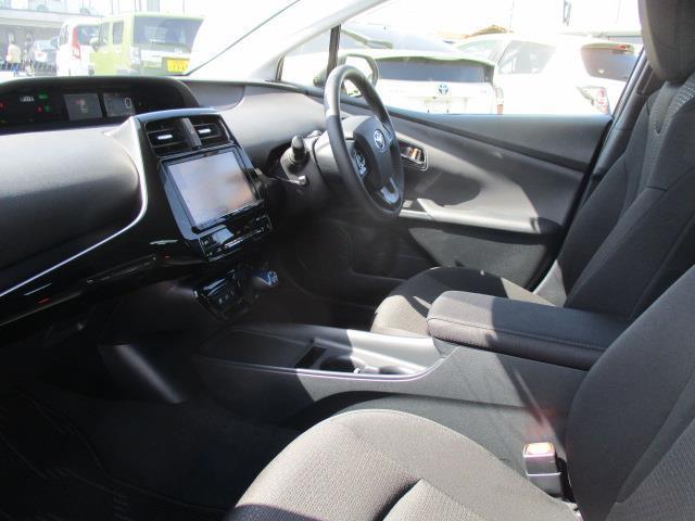 S 4WD フルセグ メモリーナビ バックカメラ 衝突被害軽減システム ETC LEDヘッドランプ 記録簿 アイドリングストップ(16枚目)