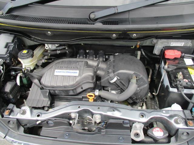 G 4WD ミュージックプレイヤー接続可 HIDヘッドライト 記録簿 アイドリングストップ(19枚目)