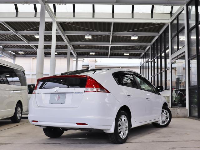 全車輛、JAAA鑑定(日本自動車鑑定協会)、AIS鑑定を実施しており自信を持って状態の良いお車のみをお客様にオススメさせて頂いております。
