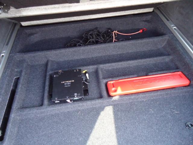 ボルボ ボルボ V70 2.5T LE 黒レザー 禁煙車