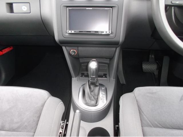 フォルクスワーゲン VW ゴルフトゥーラン TSI ハイライン 認定中古車