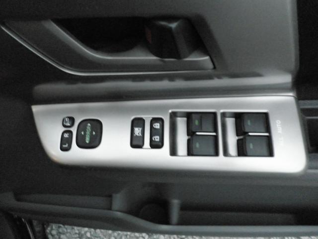 トヨタ ノア Si ワンオーナー禁煙車フルセグETC両側パワースライドドア