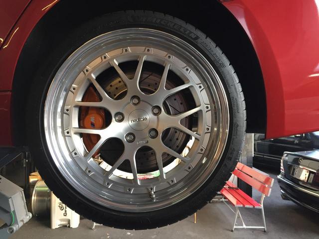Mパフォーマンス前後ブレーキ KW ver2車高調 アメ鍛ニュートレイルCS7 19インチAW ミシュランPS4S Kohlenstoffリップスポイラー Mパフォーマンストランクスポイラー