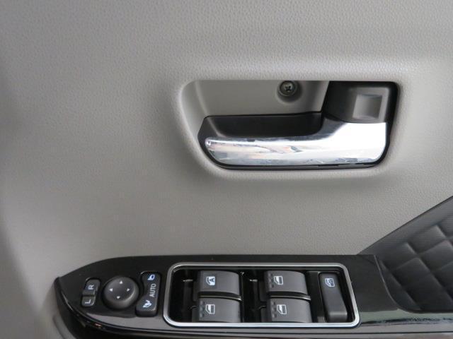 カスタムXセレクション バックカメラ 衝突被害軽減システム 両側電動スライド LEDヘッドランプ 記録簿 アイドリングストップ(26枚目)