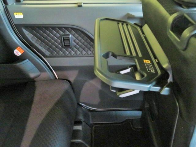 カスタムXセレクション バックカメラ 衝突被害軽減システム 両側電動スライド LEDヘッドランプ 記録簿 アイドリングストップ(32枚目)