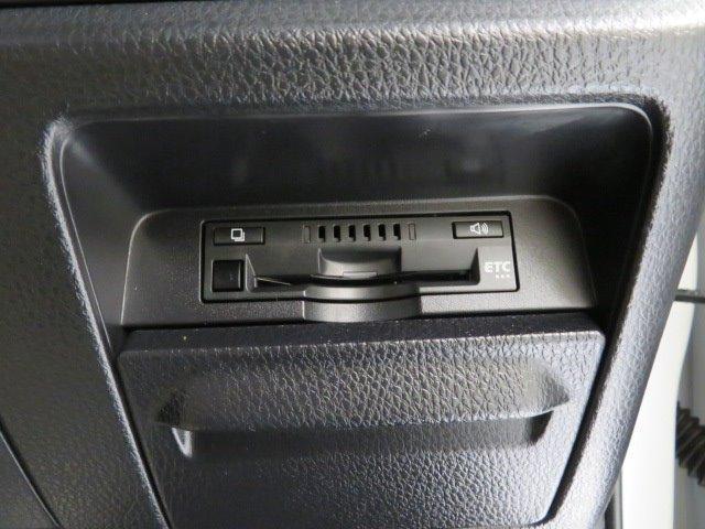 「トヨタ」「エスクァイア」「ミニバン・ワンボックス」「岡山県」の中古車16