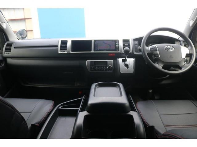 GL 買取直販 4型ワゴンGL ワンオーナー ガソリン 2WD 希少内装架装 ベッドキット 1.5インチローダウン 17インチアルミホイール ナビ フリップダウンモニター バックカメラ ETC(9枚目)