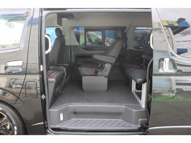 GL 買取直販 4型ワゴンGL ワンオーナー ガソリン 2WD 希少内装架装 ベッドキット 1.5インチローダウン 17インチアルミホイール ナビ フリップダウンモニター バックカメラ ETC(13枚目)