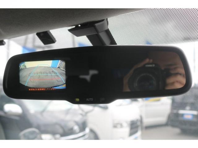 GL 買取直販 4型ワゴンGL ワンオーナー ガソリン 2WD 希少内装架装 ベッドキット 1.5インチローダウン 17インチアルミホイール ナビ フリップダウンモニター バックカメラ ETC(19枚目)