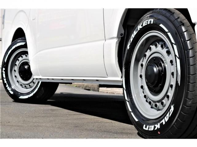 スーパーGL ダークプライムII アウトドアパッケージ ダークプライムII ディーゼル 2WD トヨタセーフティセンス フロントバンパースポイラー 16インチアルミホイール リーガルフェンダー LEDテールランプ ナビ ETC(9枚目)