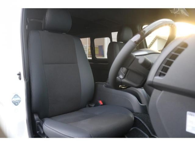 スーパーGL ダークプライムII アウトドアパッケージ ダークプライムII ディーゼル 2WD トヨタセーフティセンス フロントバンパースポイラー 16インチアルミホイール リーガルフェンダー LEDテールランプ ナビ ETC(12枚目)