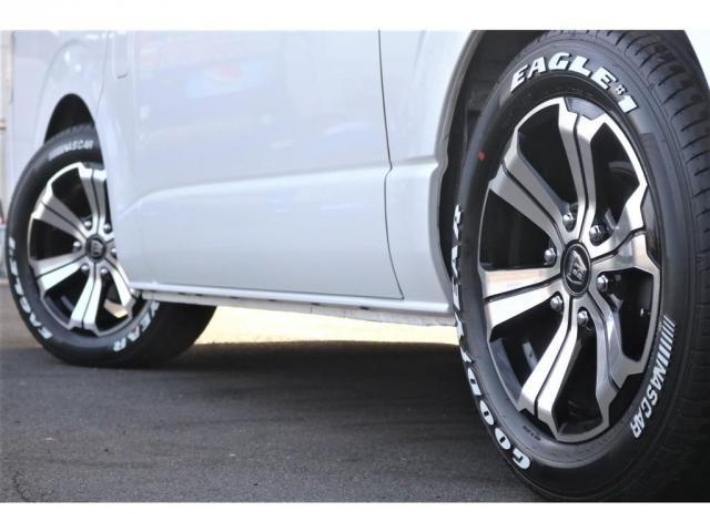 買取直販 6型 ダークプライムII ディーゼル 2WD ローダウン 17インチアルミホイール マフラーカッター ナビ バックカメラ ETC ロッドホルダー エンジンフードカバー 3Dラバーマット(9枚目)