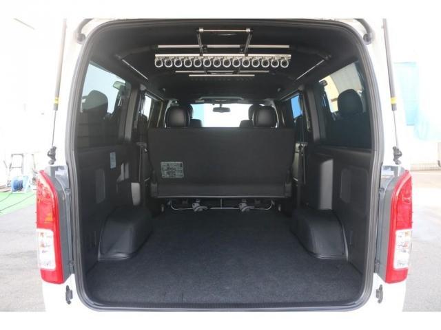 買取直販 6型 ダークプライムII ディーゼル 2WD ローダウン 17インチアルミホイール マフラーカッター ナビ バックカメラ ETC ロッドホルダー エンジンフードカバー 3Dラバーマット(16枚目)