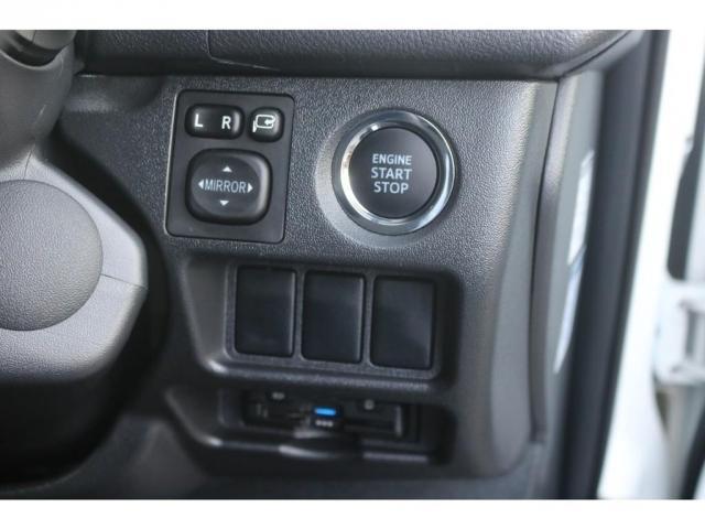買取直販 6型 ダークプライムII ディーゼル 2WD ローダウン 17インチアルミホイール マフラーカッター ナビ バックカメラ ETC ロッドホルダー エンジンフードカバー 3Dラバーマット(20枚目)