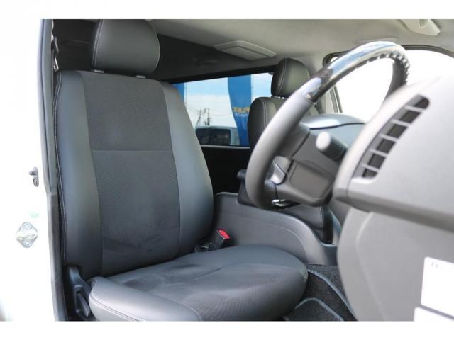 スーパーGL ダークプライム 買取直販 4型 ダークプライム ディーゼル 4WD パールホワイト 両側パワースライドドア 助手席エアバッグ 100Vアクセサリーコンセント 寒冷地仕様 ミラーヒーター 内外装フルカスタム(13枚目)