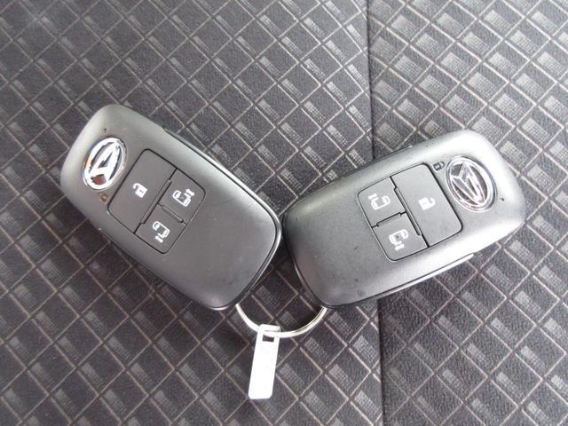 カスタムX ツートンカラー 次世代スマートアシスト 両側パワースライドドア LEDヘッドライト オートライト スマートキー プッシュボタンスタート LEDフォグランプ レーンアシスト オートマチックハイビーム車(33枚目)