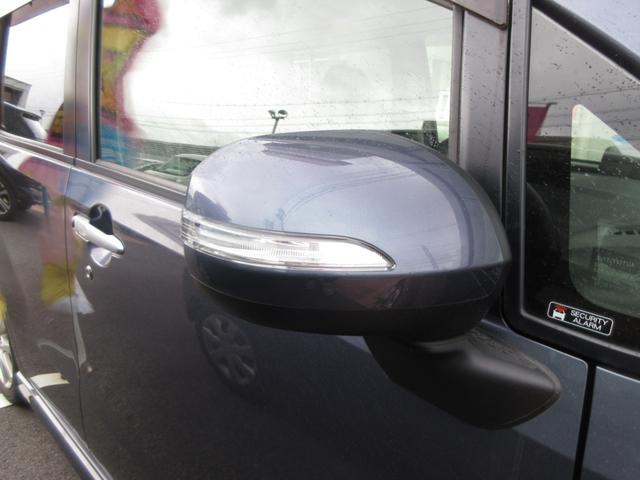 カスタム X ワンオーナー LEDヘッドライト プッシュボタンスタート スマートキー オートライト 純正アルミ  CDデッキ(9枚目)