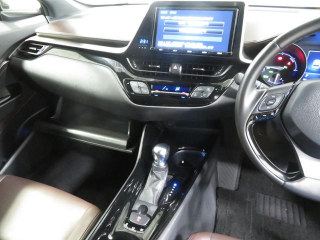 「トヨタ」「C-HR」「SUV・クロカン」「広島県」の中古車26