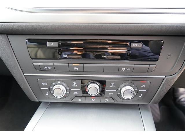 左右独立温度調整式オートエアコン装備☆運転席・助手席にはシートヒーター完備☆アイドリングストップスイッチ・横滑り防止スイッチ装備☆