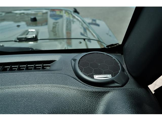 サブウーハー付Alpine製スピーカー装備☆ライブのような音楽とともに、ドライブをお楽しみください☆