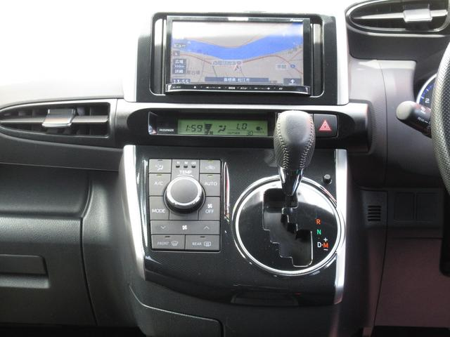 トヨタ ウィッシュ 1.8S ナビ アルミホイール HIDライト CVT 7人乗