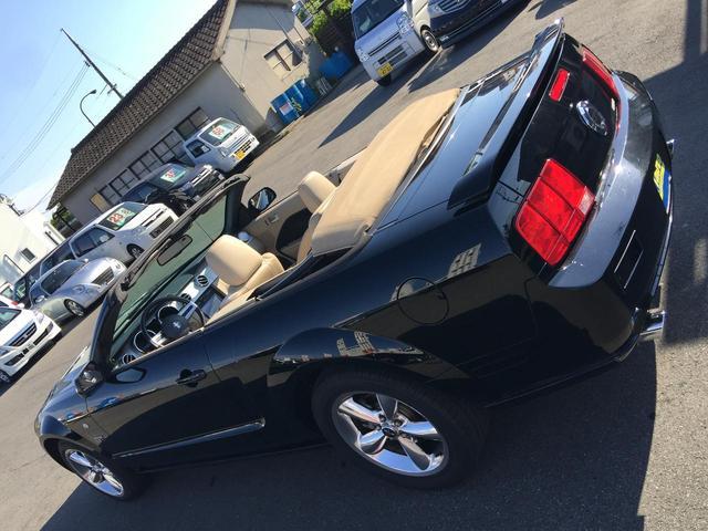 フォード フォード マスタング V8 GTコンバーチブル プレミアム D車 HDDナビTV