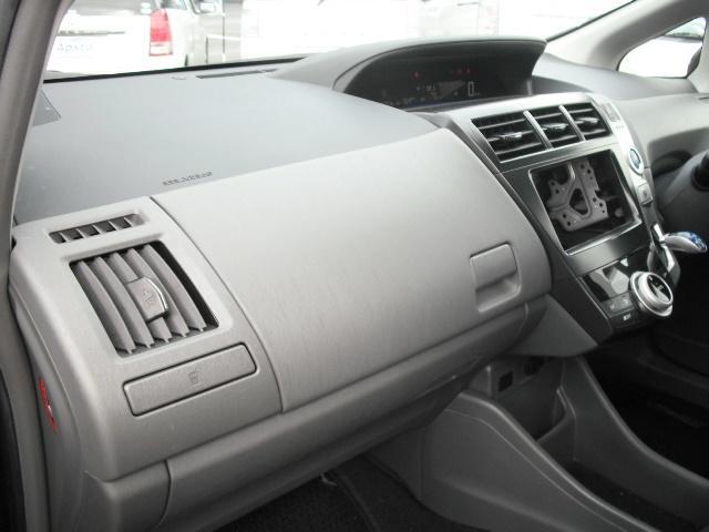 トヨタ プリウスアルファ S Lセレクション スマートキー HIDヘッドライト 5人乗