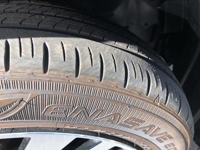 エコタイヤ採用で低燃費と長持ちに貢献しています。