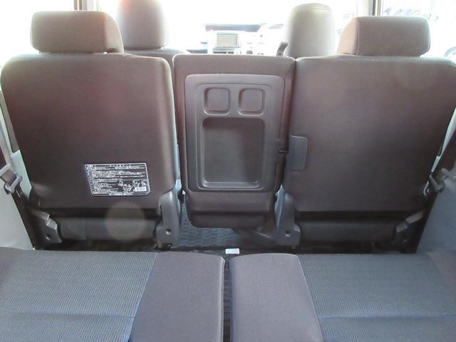 トヨタ ヴォクシー Z Pスライドドア スマートキー ETC 地デジ付HDDナビ