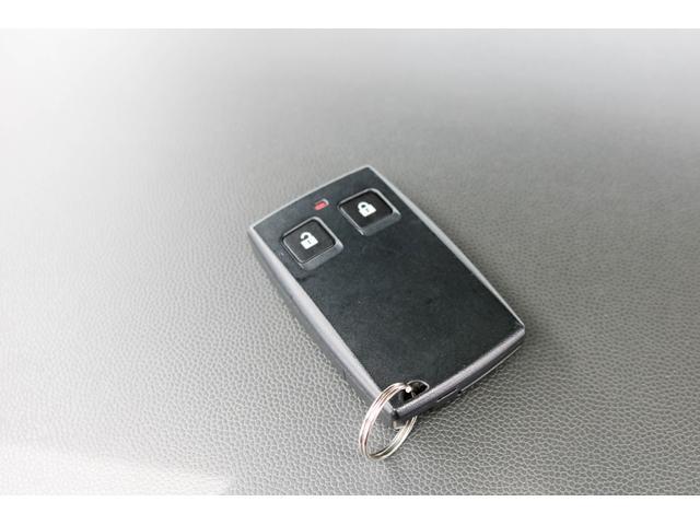 M 一年保証 スマートキー ABS オートエアコン(9枚目)