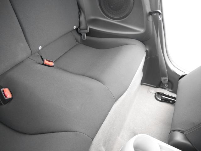 α 禁煙車 HIDヘッドライト スマートキー バックカメラ ナビ テレビ DVD Bluetooth USB クルコン 記録簿発行 自社指定工場整備付き 整備保証付き 室内クリーニング オゾン脱臭(49枚目)