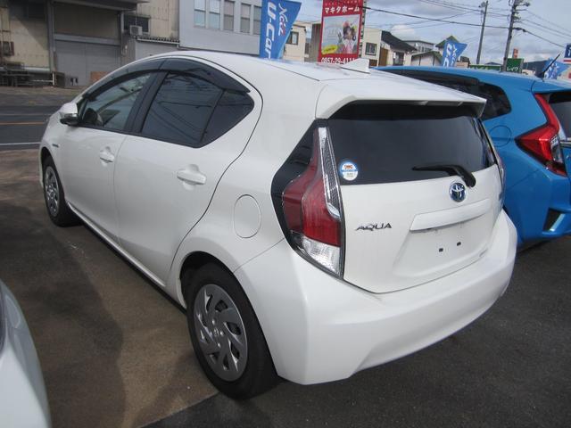 「トヨタ」「アクア」「コンパクトカー」「鳥取県」の中古車3