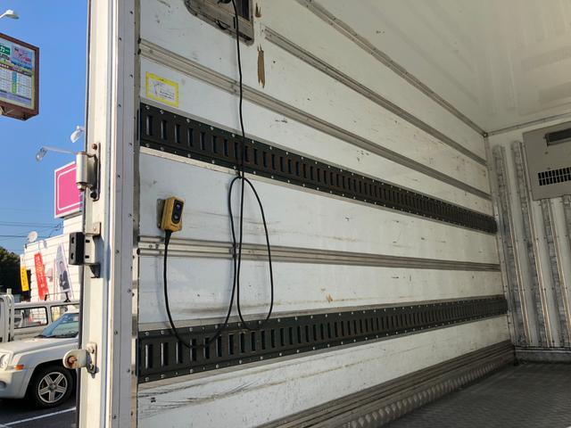 冷凍冷蔵車 スムーサーAT(30枚目)