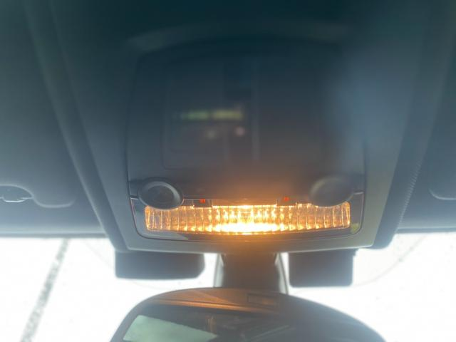 528iツーリング Mスポーツパッケージ 純正ナビ フルセグTV 黒革シート シートヒーター 外21インチアルミ 車高調 サンルーフ クリアランスソナー ETC Bカメラ プッシュスタート(20枚目)