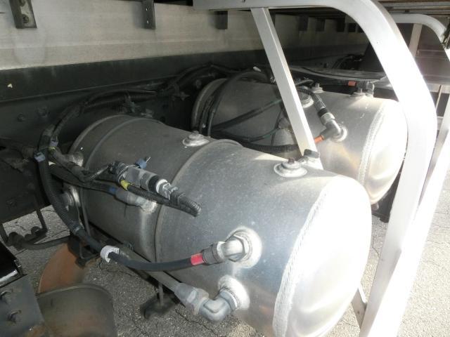 いすゞ ギガ ベースグレード  後輪エアサスペンション
