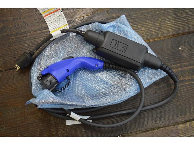 A ワンオーナー ナビ ETC バックカメラ サイドカメラ トヨタセーフティ LEDヘッドライト パワーシート(39枚目)