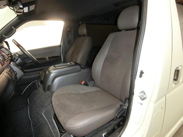 スーパーGL 50TH アニバーサリーリミテッド 4WD トヨタセーフティーセンス 両側パワースライドドア ディーゼルターボ フルセグ付きSDナビ LEDヘッドライト スマートキー プッシュスタート ホワイトレタータイヤ ABS PS PW デイトナ(8枚目)