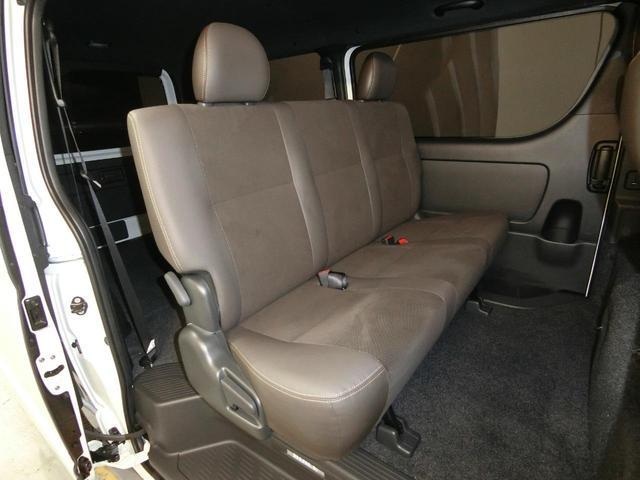 スーパーGL 50TH アニバーサリーリミテッド 4WD トヨタセーフティーセンス 両側パワースライドドア ディーゼルターボ フルセグ付きSDナビ LEDヘッドライト スマートキー プッシュスタート ホワイトレタータイヤ ABS PS PW デイトナ(9枚目)