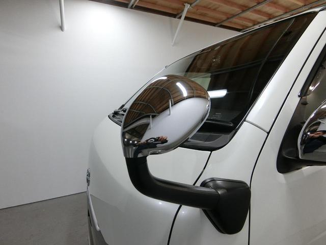 スーパーGL 50TH アニバーサリーリミテッド 4WD トヨタセーフティーセンス 両側パワースライドドア ディーゼルターボ フルセグ付きSDナビ LEDヘッドライト スマートキー プッシュスタート ホワイトレタータイヤ ABS PS PW デイトナ(35枚目)