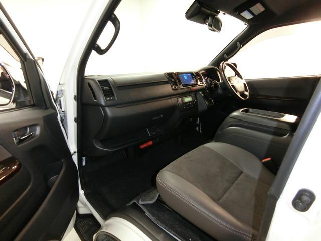 スーパーGL 50TH アニバーサリーリミテッド 4WD トヨタセーフティーセンス 両側パワースライドドア ディーゼルターボ フルセグ付きSDナビ LEDヘッドライト スマートキー プッシュスタート ホワイトレタータイヤ ABS PS PW デイトナ(72枚目)