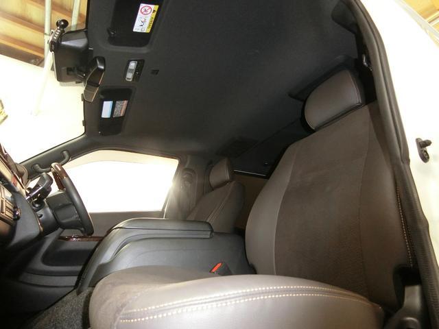 スーパーGL 50TH アニバーサリーリミテッド 4WD トヨタセーフティーセンス 両側パワースライドドア ディーゼルターボ フルセグ付きSDナビ LEDヘッドライト スマートキー プッシュスタート ホワイトレタータイヤ ABS PS PW デイトナ(73枚目)