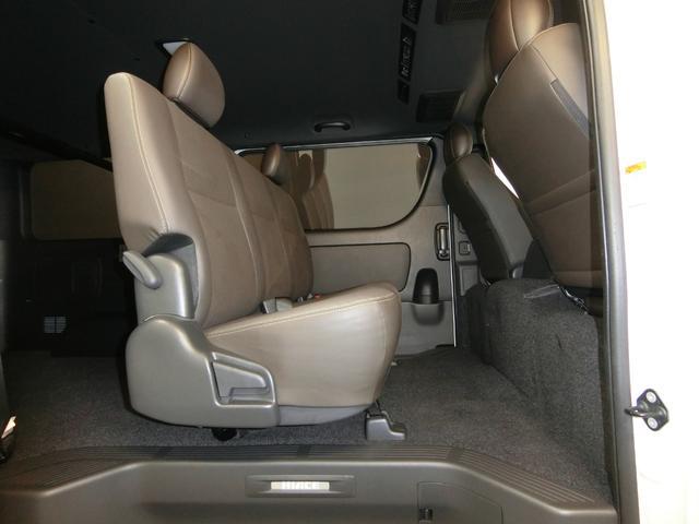スーパーGL 50TH アニバーサリーリミテッド 4WD トヨタセーフティーセンス 両側パワースライドドア ディーゼルターボ フルセグ付きSDナビ LEDヘッドライト スマートキー プッシュスタート ホワイトレタータイヤ ABS PS PW デイトナ(77枚目)