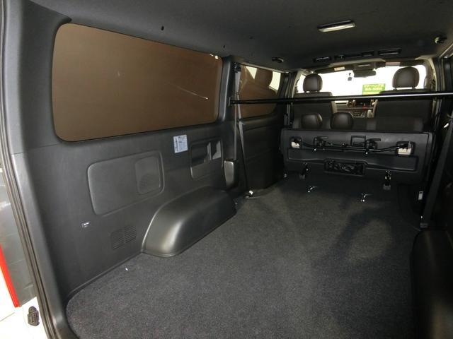 スーパーGL 50TH アニバーサリーリミテッド 4WD トヨタセーフティーセンス 両側パワースライドドア ディーゼルターボ フルセグ付きSDナビ LEDヘッドライト スマートキー プッシュスタート ホワイトレタータイヤ ABS PS PW デイトナ(80枚目)