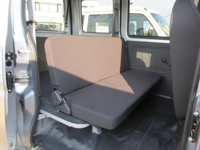 デラックスSA3 4WD AT車 キーレス(8枚目)